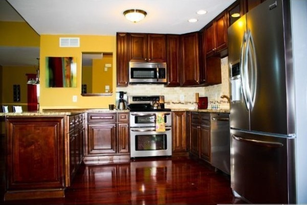 Buy Custom RTA Kitchen Cabinets at Wholesale Price