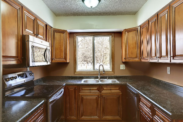 Want to Complement Your Cherry Wood Kitchen Décor? Here\'s How