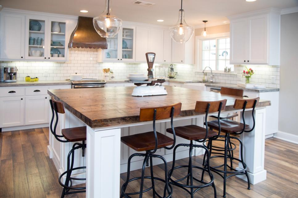 Get It White: 2 Ideas That Show White Kitchen Cabinets As A Better Renovation Option