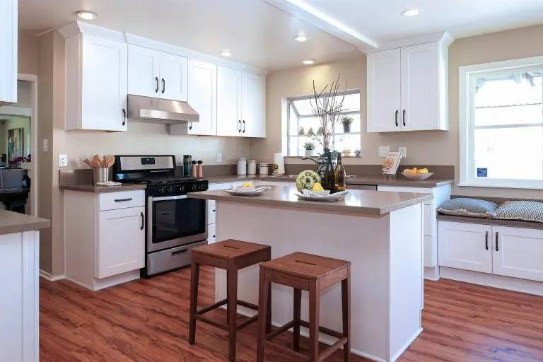 kitchens right for shaker style cabinets